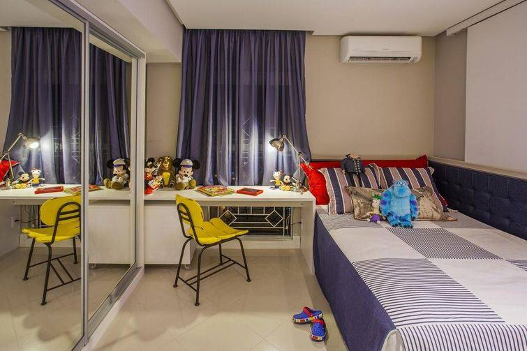 quarto infantil com cores neutras e azul