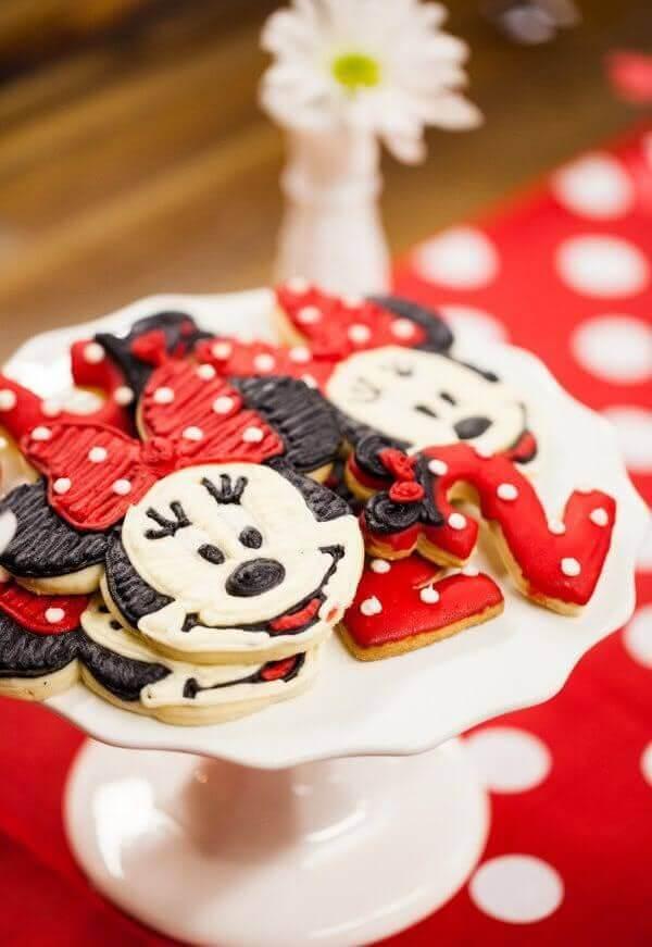 Biscoitos em formato da Minnie
