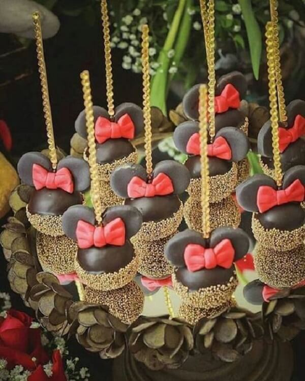 Cakepops para festa da Minnie