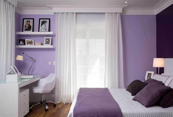 Cor lilás em quarto de criança