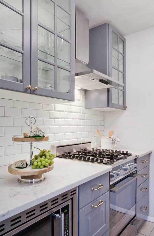 Cor lilás na cozinha