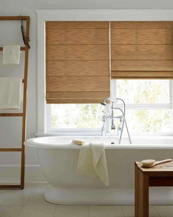 Modelos de cortinas para banheiro estilo romana