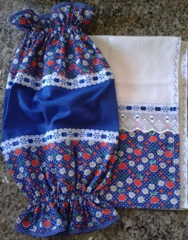 Puxa saco de tecido combinando com a barra de guardanapo