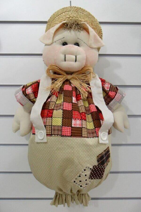 Puxa saco de tecido em formato de porquinho
