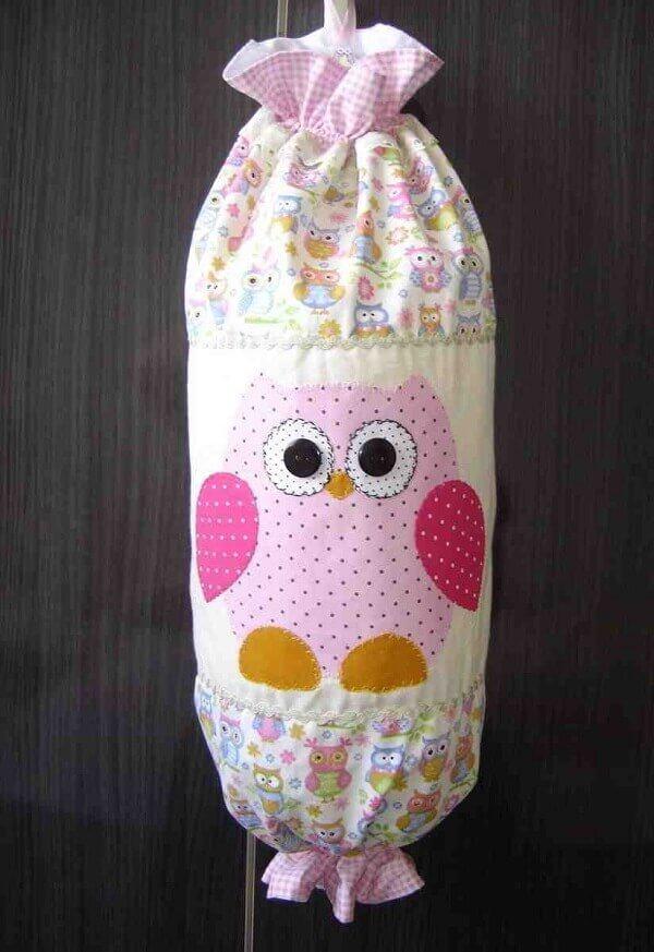 Puxa saco de tecido patchwork com desenho de coruja