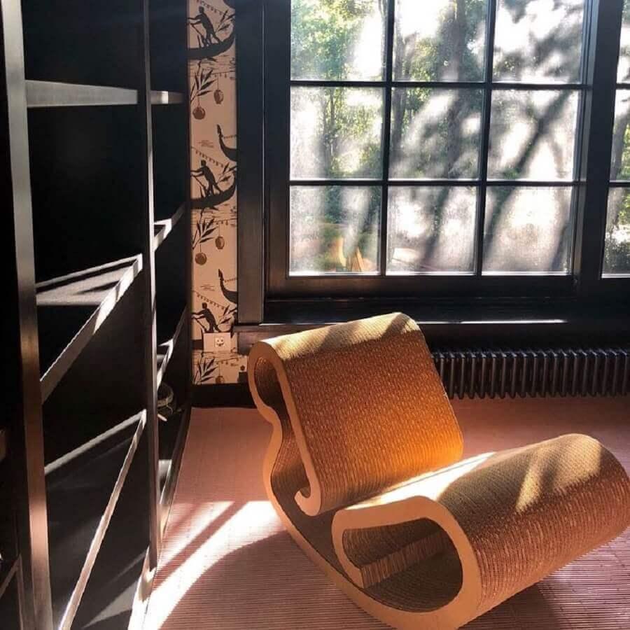 cadeira de balanço de madeira moderna Foto Charlotte Barnes Design