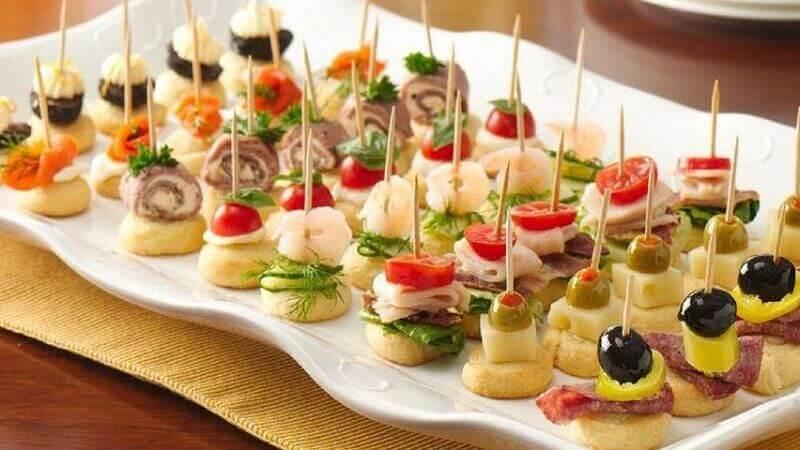comidas para festa de aniversário   Foto Yandex