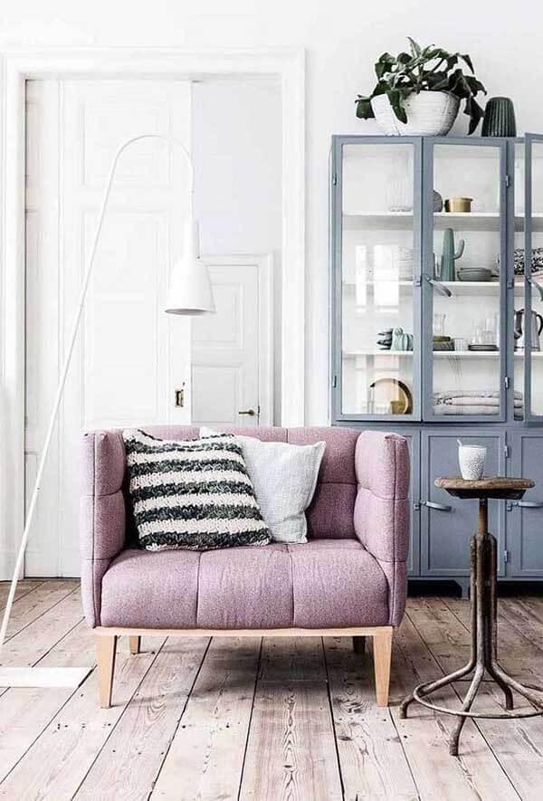 cor lilás em decoração rústica