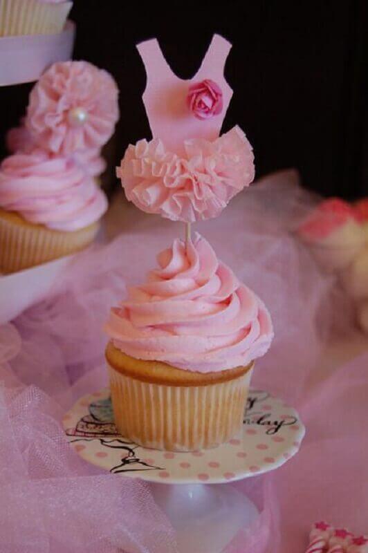 cupcake decorado com vestidinho para festa bailarina Foto Catch My Party