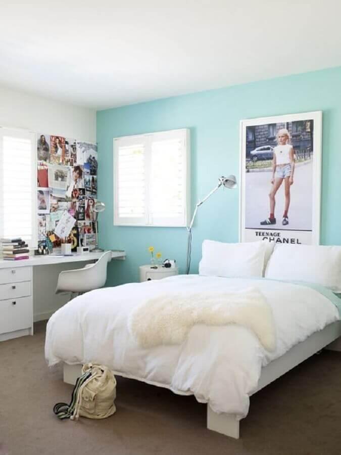 decoração para quarto azul tiffany e branco com painel de fotos Foto Decora Ideas