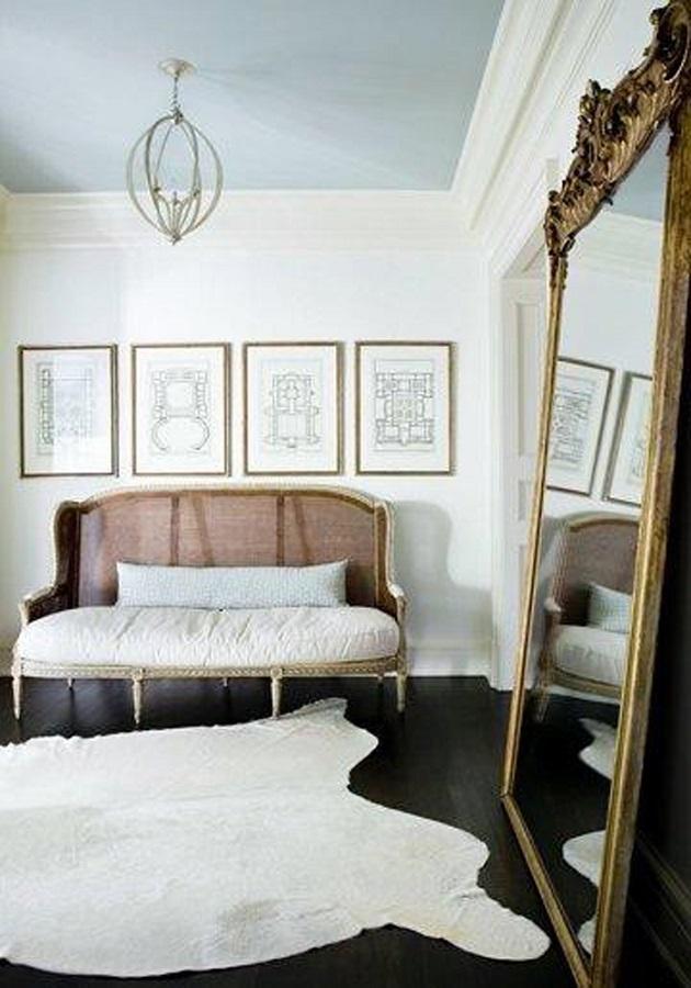 decoração para sala de estar com espelho provençal grande Foto Triple Max Tons
