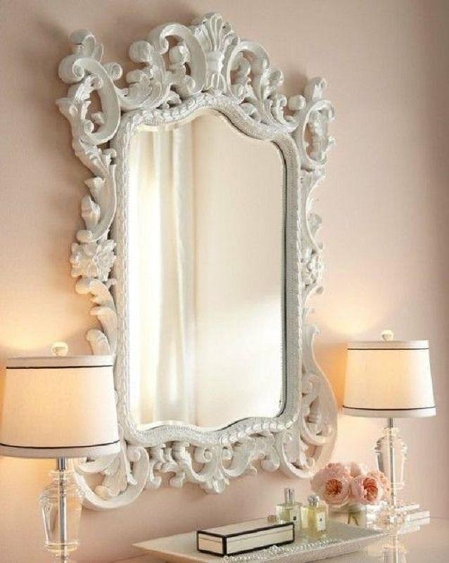 decoração romântica com espelho provençal branco  Foto Louvre Home