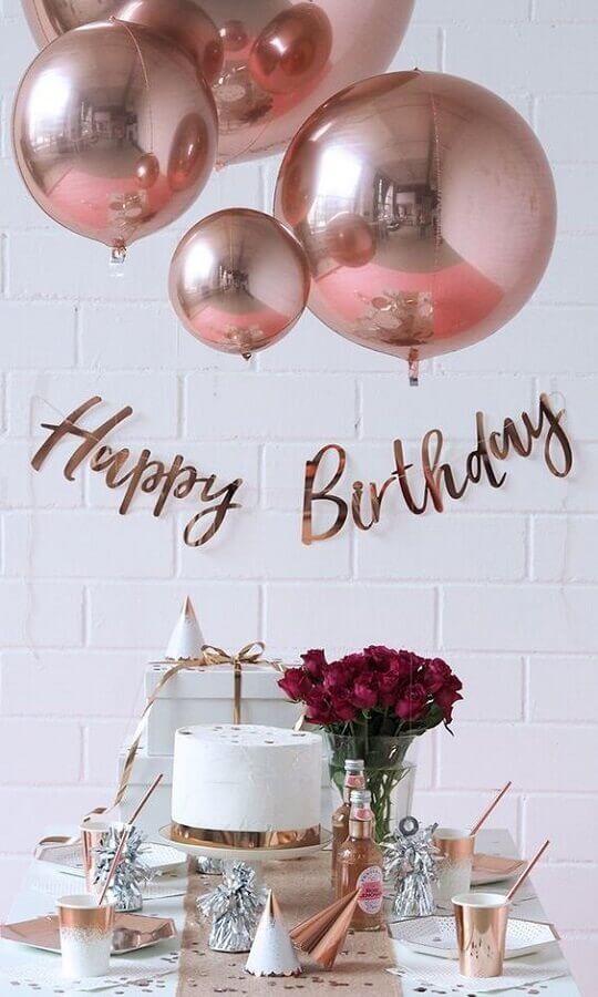 decoração rose gold para festa de aniversário  Foto Birthday Organization