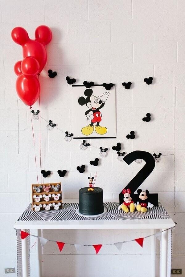 decoração simples para festa de aniversário do Mickey  Foto Eu Crio Moda