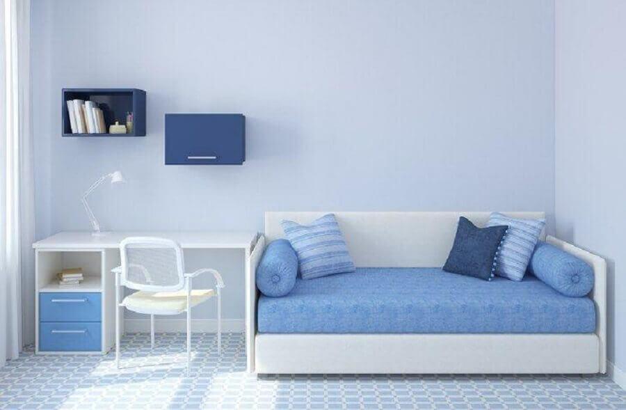 decoração simples para quarto azul e branco Foto Istock