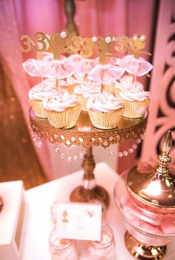 festa bailarina com decoração rosa e dourada Foto Pinterest