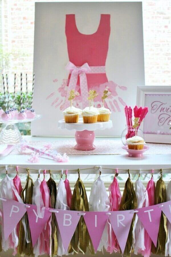 ideia simples para decoração festa bailarina Foto Event aker's