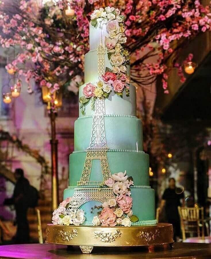 lindo bolo de festa de aniversário de 15 anos  Foto Claudia Moraes Cake Designer