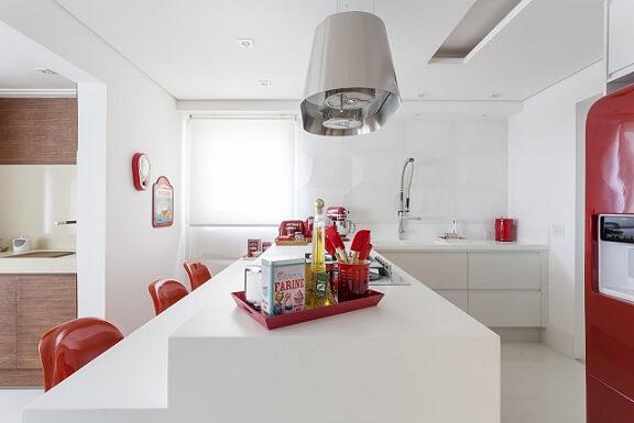 Combinação de cores branco e vermelho Projeto Mariana Luccisano