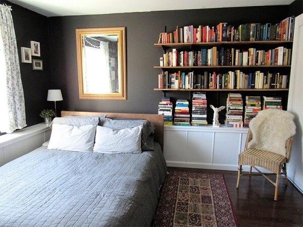 Estante de livros para quarto de casal