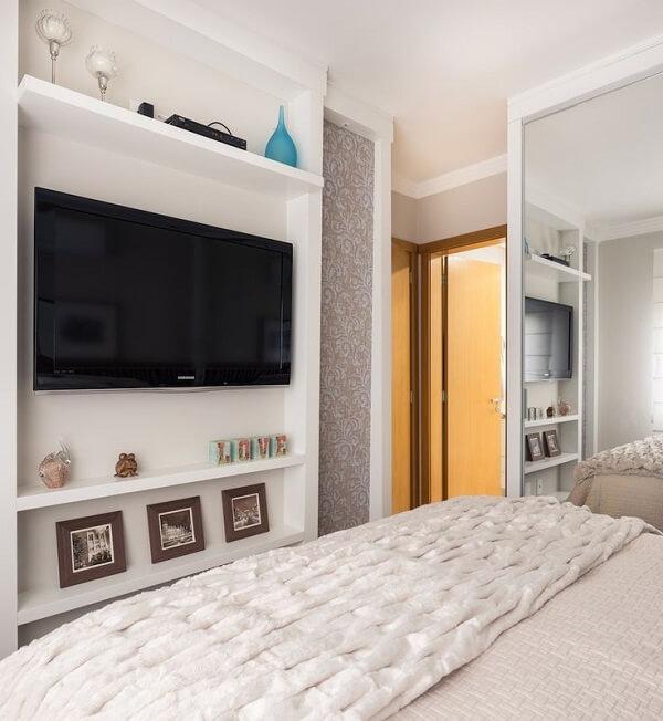Estante para quarto de casal feito com gesso