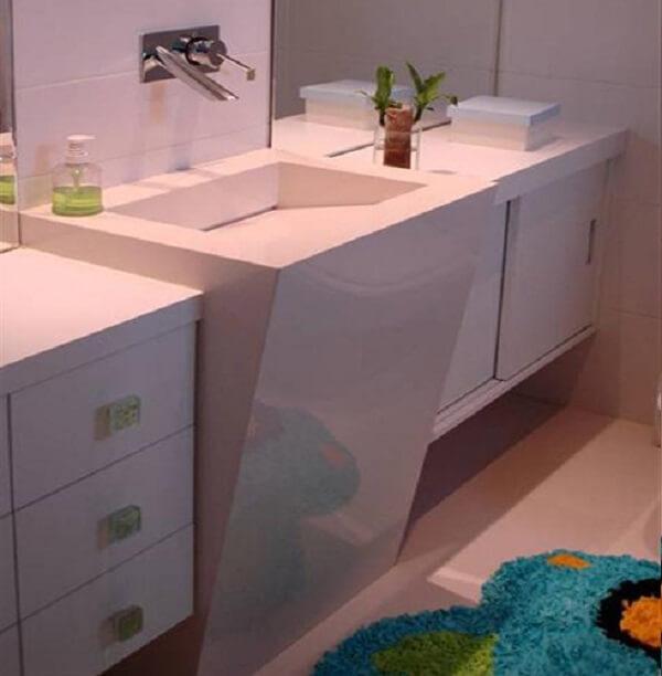 Pia de porcelanato para banheiro com saia ate o chão