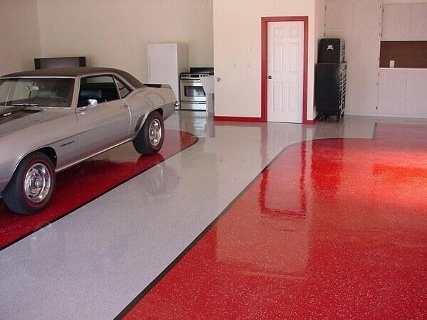 Piso para garagem feito com material epóxi