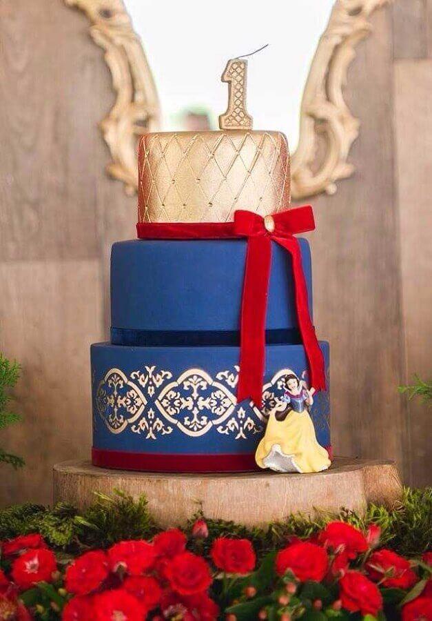bolo decorado para festa da branca de neve Foto A Minha Festinha