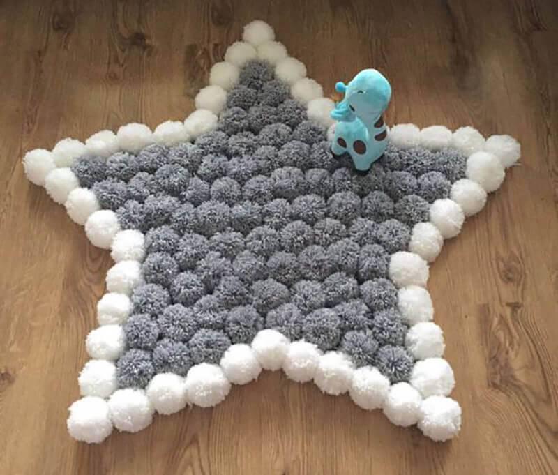 Como fazer tapete de pompom com formato de estrela