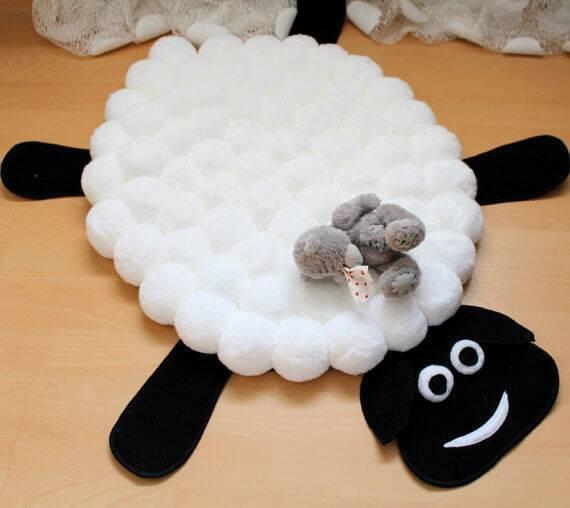 Como fazer tapete de pompom com formato de ovelha