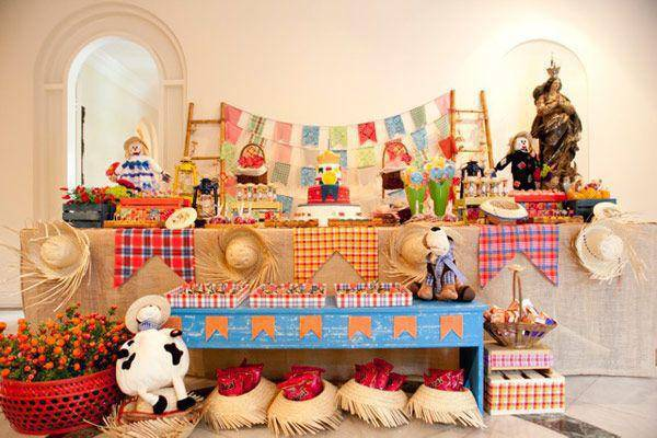 decoração de festa junina em xadrez
