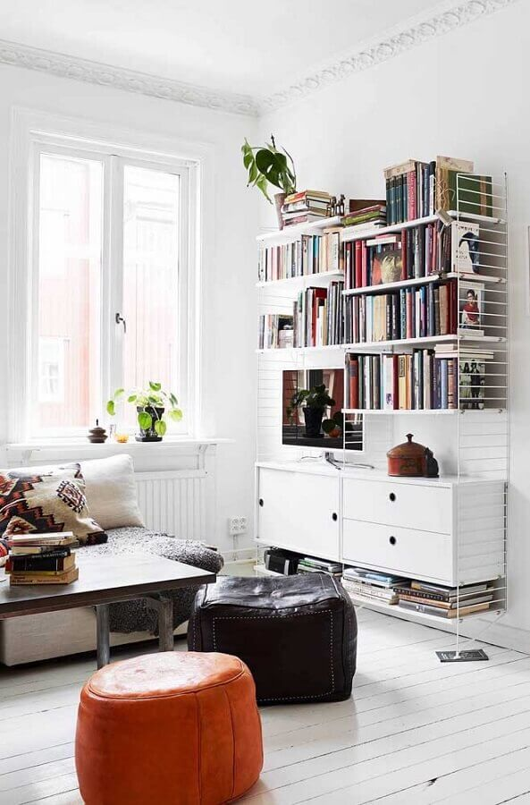 dicas de decoração para sala com estante de livros Foto iCastle