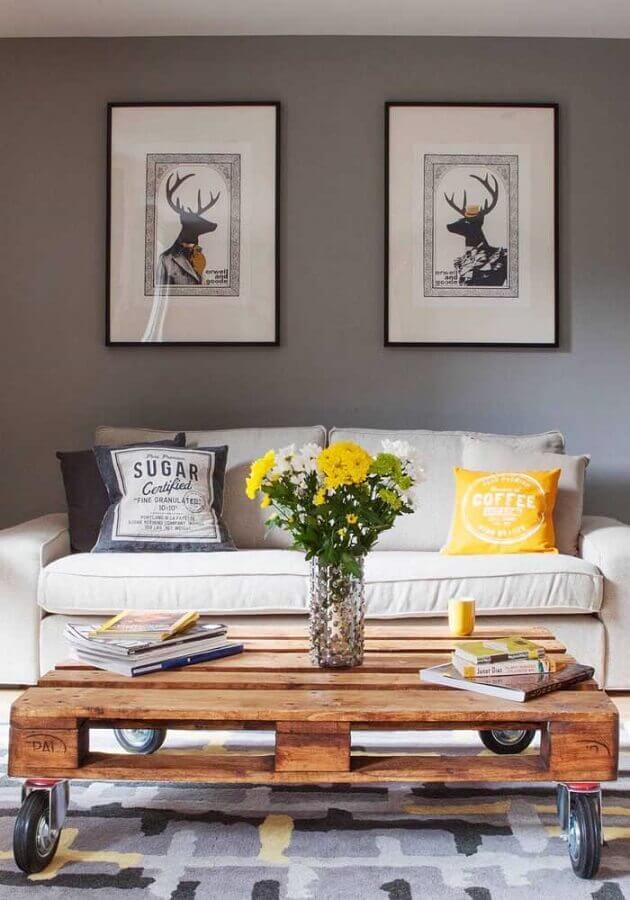 dicas de decoração para sala com mesa de centro de pallet Foto Pinterest