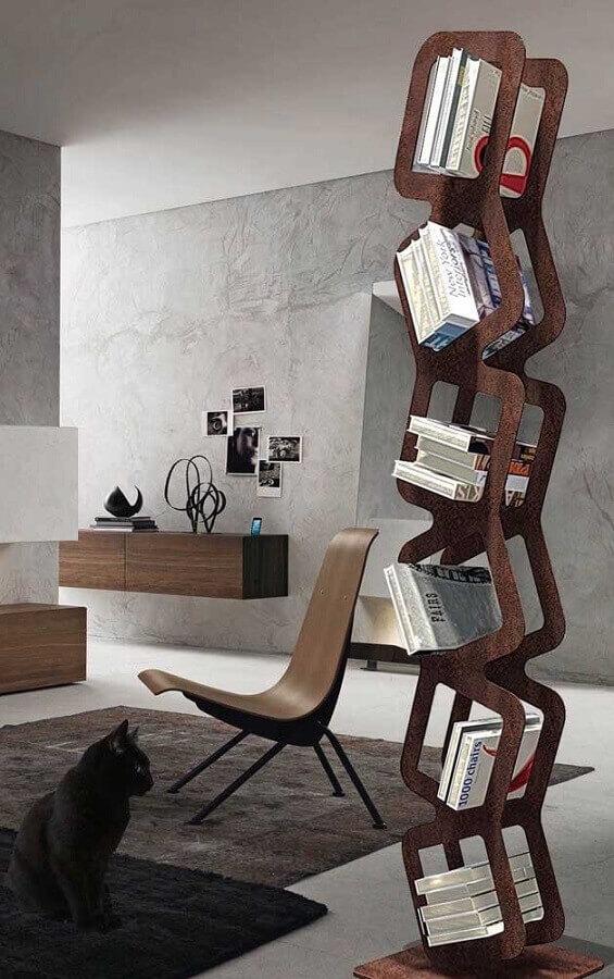 estante diferente feita em aço corten Foto Pinterest