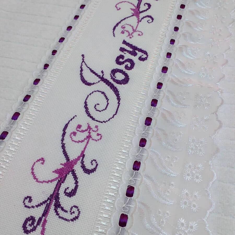 modelo de toalhas bordadas em ponto cruz Foto Lady Têxtil