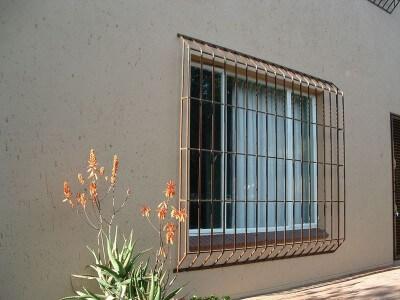 Grades para janelas em casa