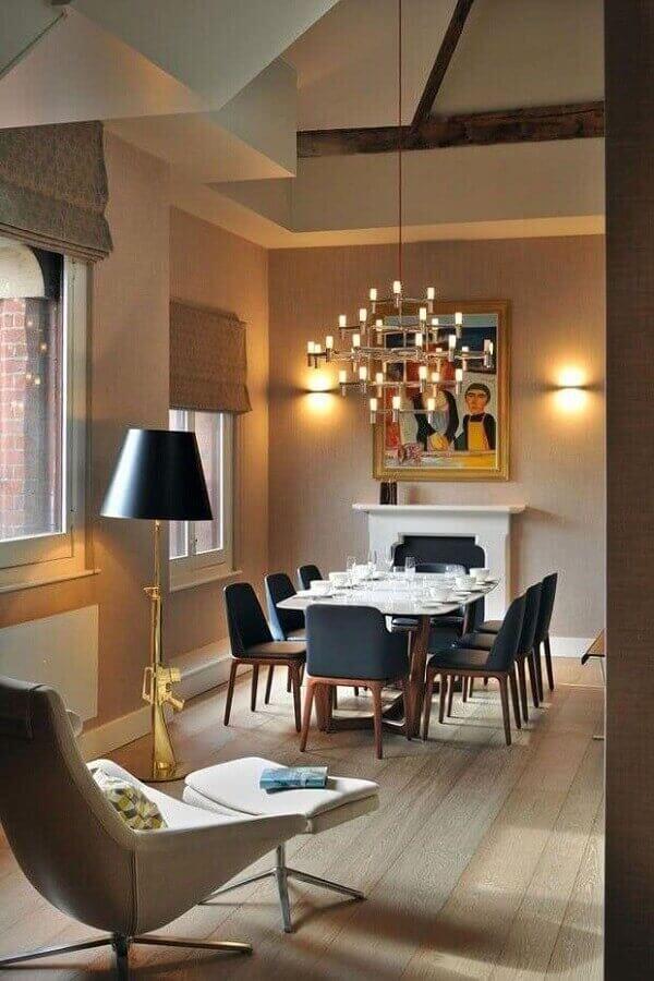 os lustres em estilo clássico para sala de jantar