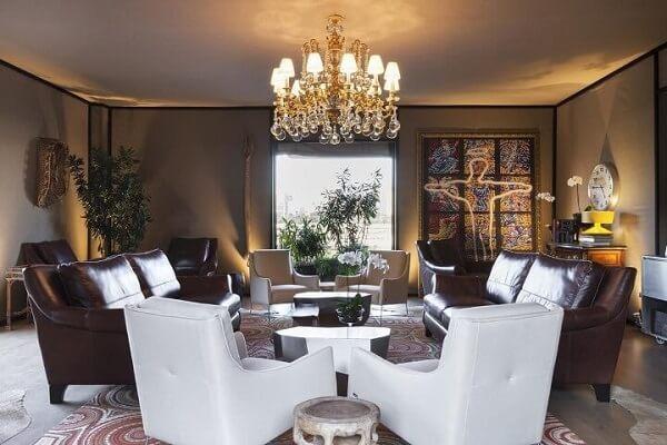 os lustres para sala mais luxuoso são ótimos para dar mais charme a ambientes sóbrios