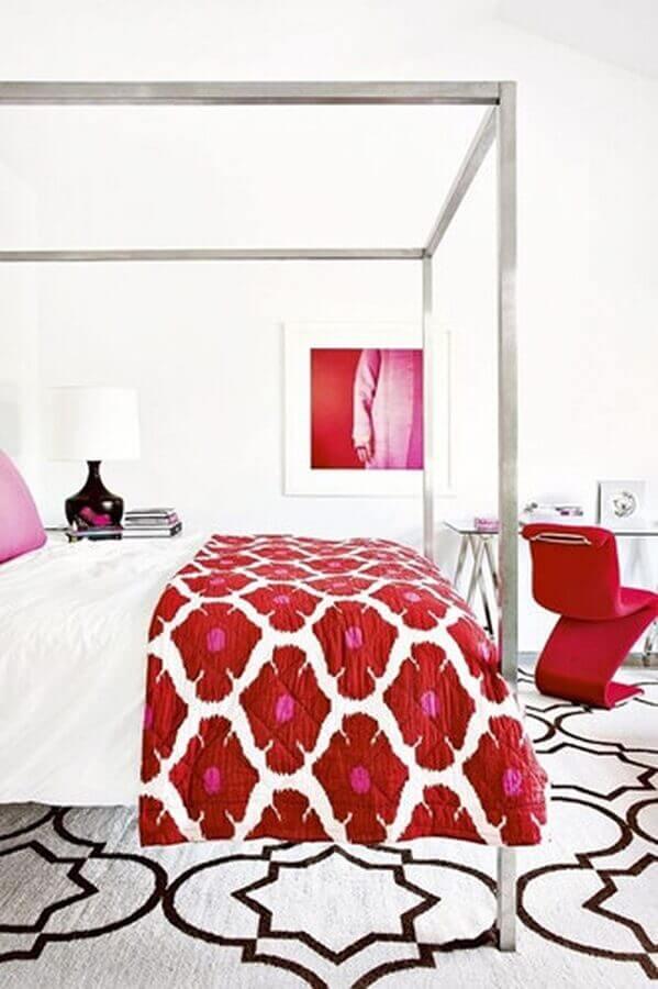 decoração para quarto vermelho e branco com dossel em inox Foto Air Freshener