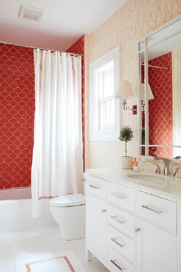decoração vermelho e branco para banheiro Foto Plus Arquitectura