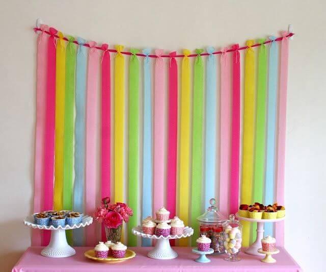 decoracao de festa infantil fita de papel crepom