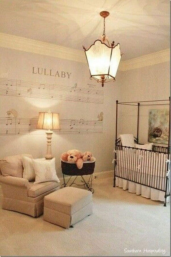 lustre para quarto de bebê com decoração clássica Foto Futurist Architecture