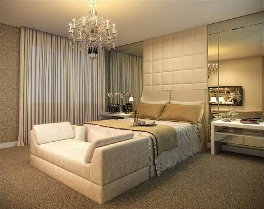 lustres para quarto de casal com design sofisticado