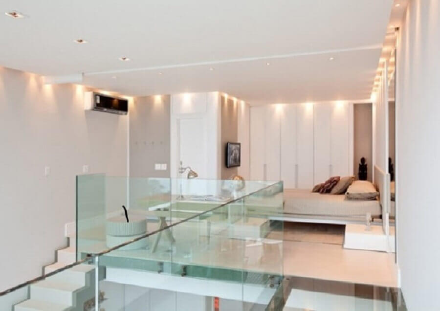 mezanino quarto com guarda corpo de vidro Foto Study-5