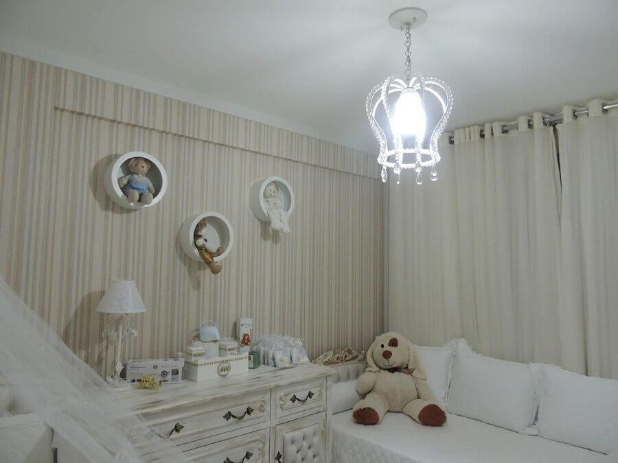 modelo de lustre para quarto de bebê decorado