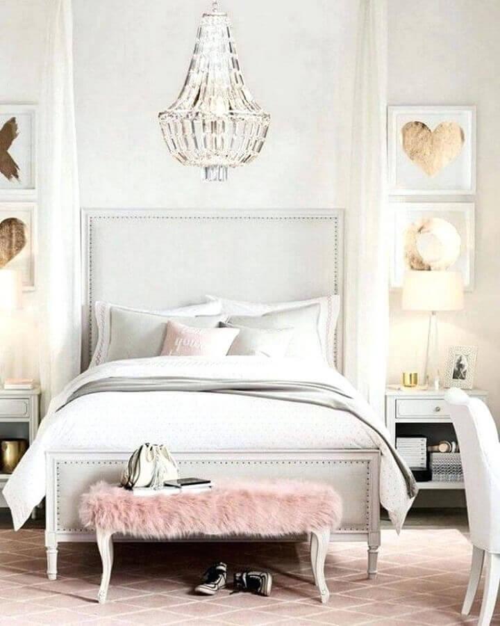 modelo de lustres para quarto feminino decorado