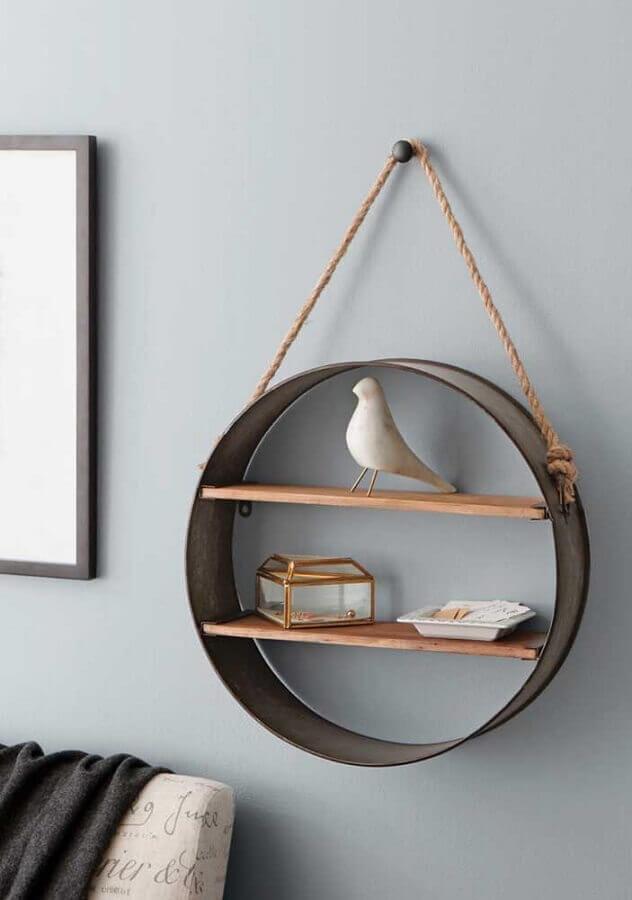 modelo de nicho redondo com prateleiras e corda Foto Pinosy
