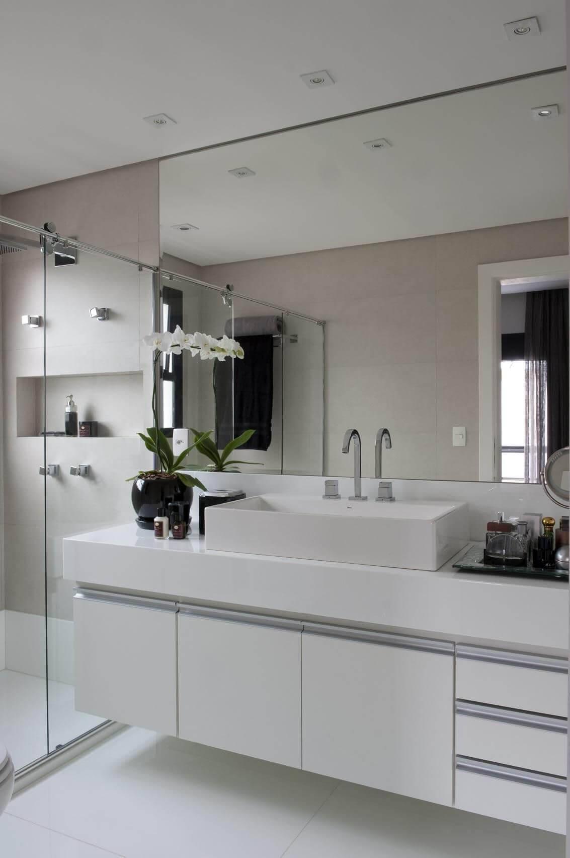 moveis planejados banheiro com armario jamile lima 9841