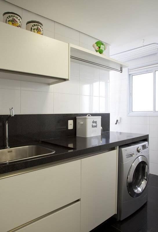 moveis planejados lavanderia com pedra patricia kolanian 345