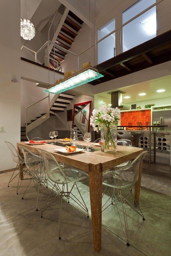 sala de jantar com mezanino Foto Mantovani e Rita